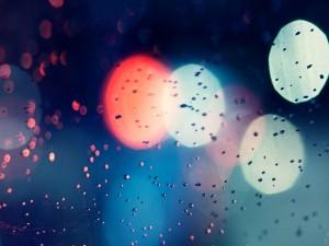 Postal: Reflejos de luz y gotas de agua