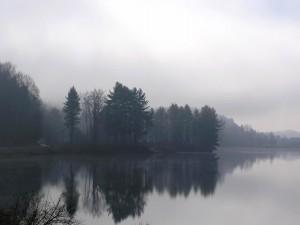Postal: Neblina en el lago