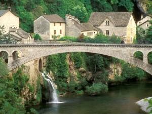 Postal: Puente en Saint-Chély-du-Tarn (Francia)
