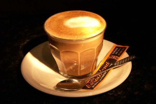 Café con leche y azucar