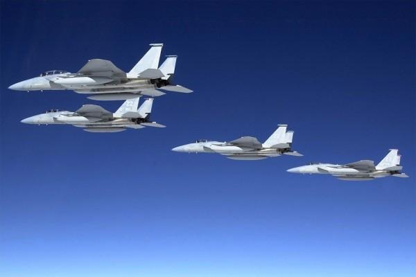 Cazas tácticos F-15 Eagle