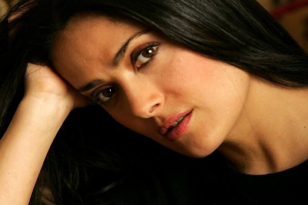 Un primer plano de la actriz Salma Hayek