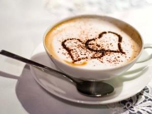Postal: Un café con mucho amor