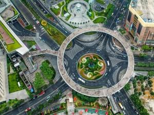 Rotonda peatonal elevada en Shanghái