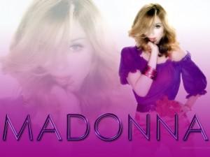 Postal: Madonna púrpura