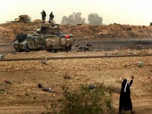 Postal: Maniobras militares reales en territorio civil, Guerra de Irak
