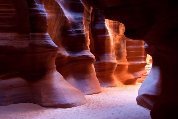 Un pasillo rocoso en el Cañón del Antílope (Arizona)