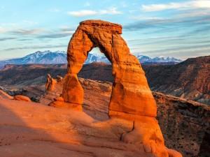 Arco de piedra en el Condado de Grand, Utah