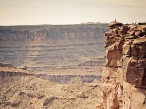 Al borde del precipicio (Condado de San Juan, Utah)