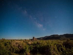 Noche estrellada en Mono Mills, California