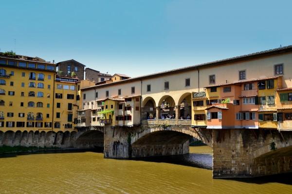 Puente cubierto en Florencia (Italia)