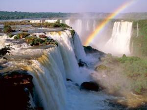 Arco Iris en la Garganta del Diablo, Cataratas del Iguazú