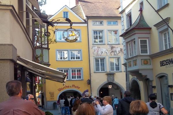 Casas típicas en la ciudad de Feldkirch, Austria