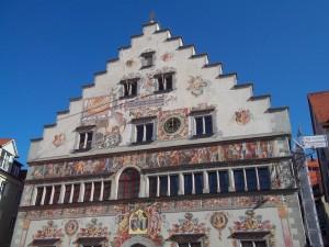 Fachada del Ayuntamiento de Lindau (Baviera, Alemania)