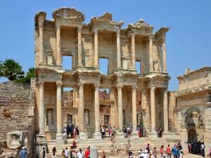 La Biblioteca de Celso, en Éfeso (Turquía)