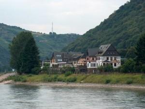 Un hotel a orillas del río Rin (Alemania)