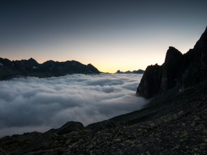 Postal: Montañas más altas que las nubes