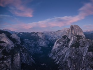 Postal: Half Dome visto desde Glacier Point (California)