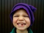 A este niño le faltan algunos dientes