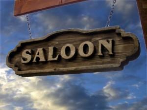 Postal: Cartel de un Saloon, un bar típico del oeste