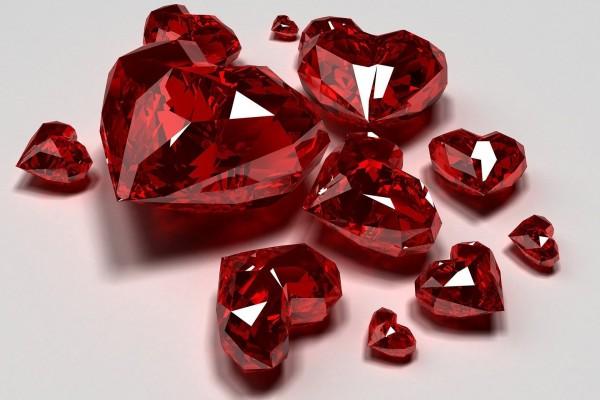 Piedras preciosas con forma de corazón