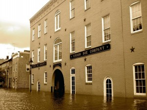 Postal: Calles inundadas