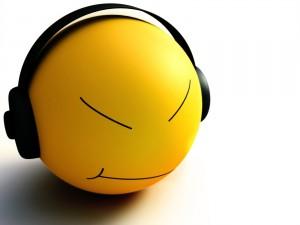 Postal: Escuchando música con auriculares