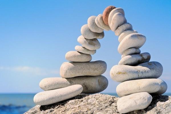 Piedras formando un puente