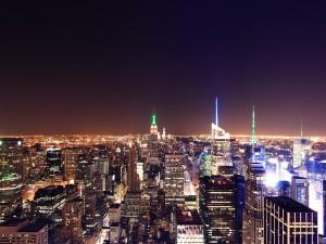 """Una visión nocturna de la ciudad de Nueva York tomada desde el """"Top of the Rock"""""""