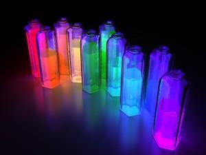 Frascos con líquidos fluorescentes