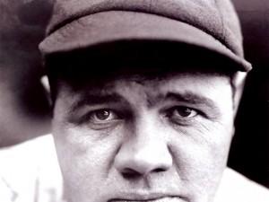 """Postal: Babe Ruth, apodado """"el Bambino"""" y """"el Sultán del golpe violento"""""""