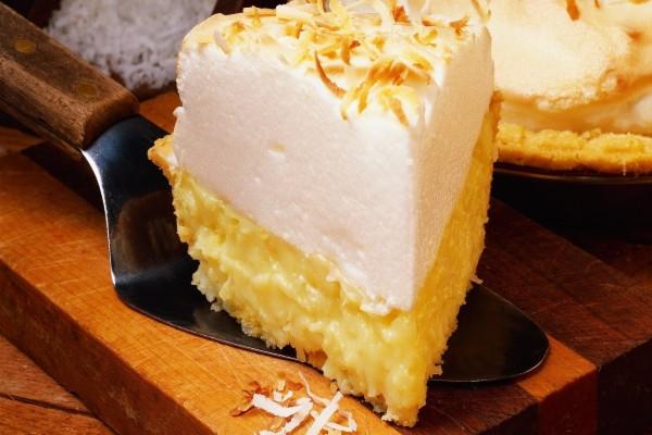 Tarta de nata y crema