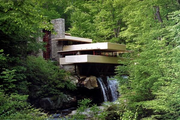 Casa de la cascada (Residencia Kaufmann), obra del arquitecto Frank Lloyd Wright