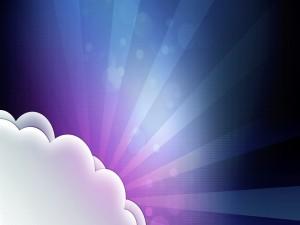 Postal: Nubes con luces de fondo