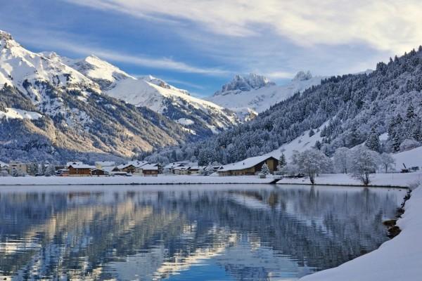 Invierno en la comuna suiza de Engelberg