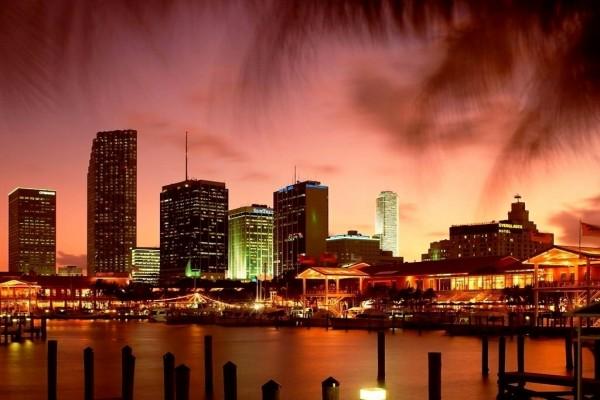 Bahía de Miami al atardecer, Florida