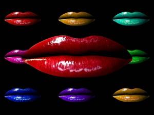 Postal: Labios de diferentes colores
