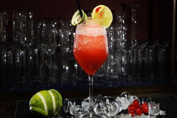 Un refrescante cóctel de frutas