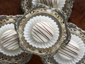 Postal: Pasteles de chocolate blanco
