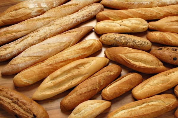 Varios tipos de barras de pan