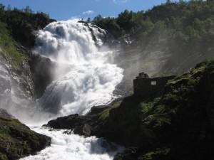 Cascada Kjosfossen (Noruega)