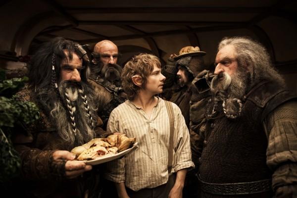 Invasión y comilona de los Enanos en casa de Bilbo