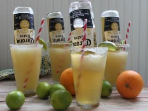 Cócteles con cítricos y cerveza Corona