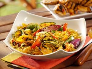 Cuscús, comida marroquí con verduras