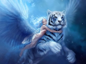 Hada abrazada a un gran tigre blanco