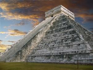 Postal: Pirámide o Templo Maya de Kukulkán, Yucatán