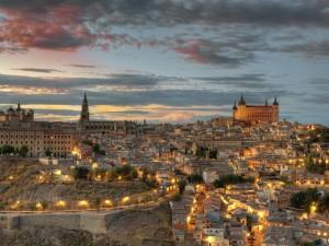 Atardecer en la ciudad de Toledo, España