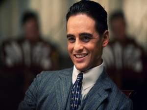 "Lucky Luciano, interpretado por Vincent Piazza, en ""Boardwalk Empire"""