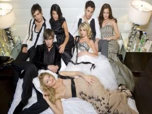 "Postal: Protagonistas de la serie ""Gossip Girl"""
