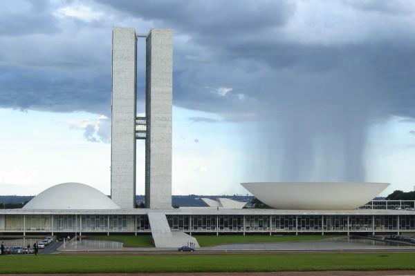 Edificio del Congreso Nacional de Brasil, obra del arquitecto Oscar Niemeyer